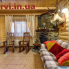 фото будинок з каміном в карпатах домик Буковель Поляниця